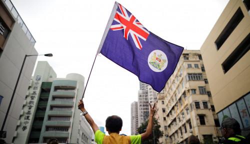 Foto Trump dan Situasi Hong Kong yang Mencekam Jadi Kunci Keputusan Investasi Global