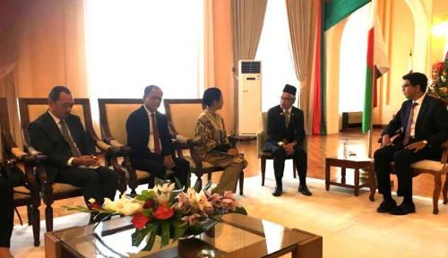 Foto Menteri Rini Pastikan Indonesia Komitmen Bantu Madagaskar Bangun Infrastruktur