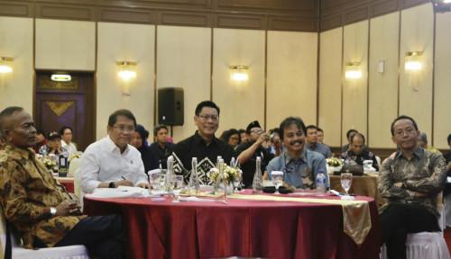 Foto Sony Subrata Dukung Pemerintah Tindak Tegas Facebook Dkk