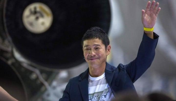 Foto Berita Finally! Miliarder Jepang Yusaku Maezawa Bakal Wisata ke Luar Angkasa Akhir Tahun Ini!