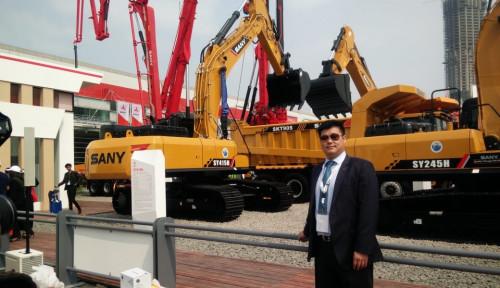 Foto Produsen Alat Berat Asal China Bangun Pabrik di Karawang
