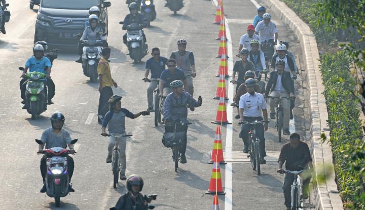 Coba Anies Genjot Sepeda Tiap Hari! - Warta Ekonomi