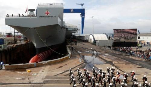 Foto Kapal Induk Inggris Senilai 3 Miliar Pounds Siap Berlayar Perdana