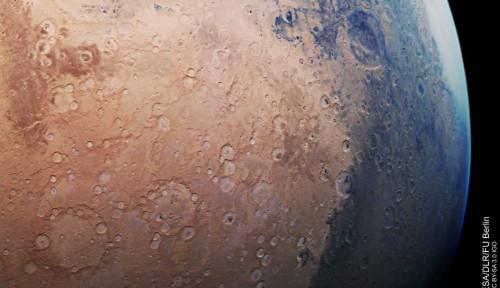 Foto Mars Bukan Cuma Berwarna Merah! Simak Buktinya!