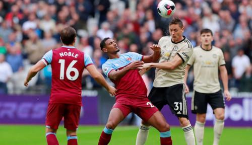Foto Kalah 2-1 dari West Ham, Manchester United Turun Peringkat