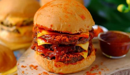 Foto 5 Bisnis Burger Milik Artis Tanah Air, Mana yang Jadi Favoritmu?