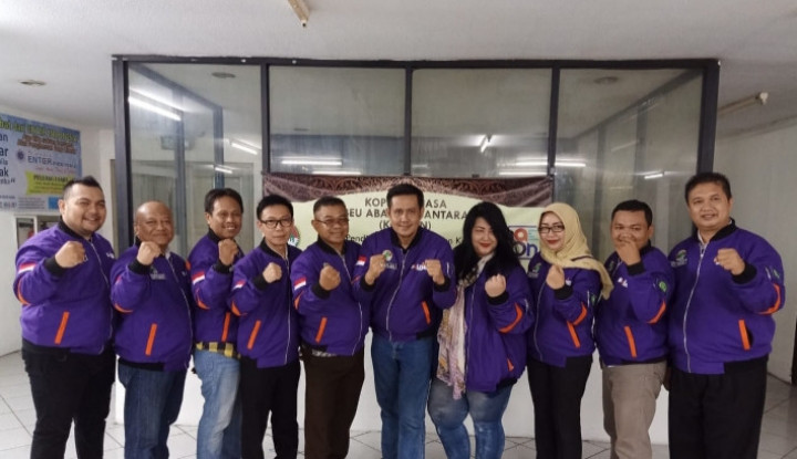 5 Oktober, Beujek Mengaspal di Jakarta