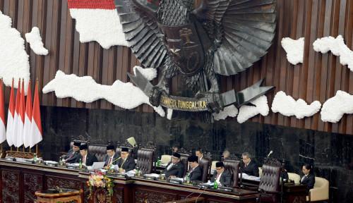 Foto Jelang Pelantikan Jokowi-Ma'ruf, Kawasan Parlemen Mati Listrik