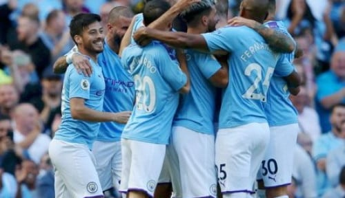 Foto Bertandang ke Markas Crystal Palace, Man City Bungkam 2-0
