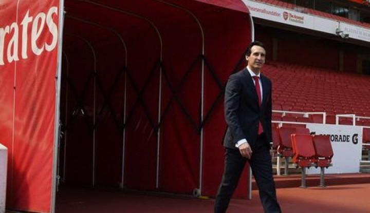 Usai Gagal Raih Kemenangan Kontra Man United, Tagar #EmeryOut Digaungkan Fans Arsenal - Warta Ekonomi