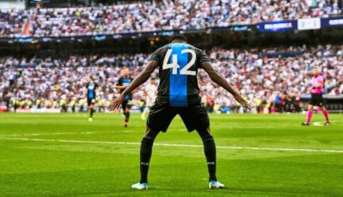 Foto Cetak Dua Gol dan Selebrasi Layaknya Ronaldo, Ini Cerita Bonaventure Dennis