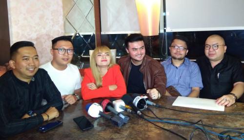 Foto Dinar Candy Gelar Konferensi Pers dan Minta Maaf ke Atta Halilintar, Bagaimana dengan Bebby Fey?