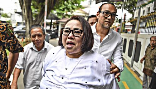 Foto Siang Ini, Nasib Mbak Nunung dan Suami Diputuskan