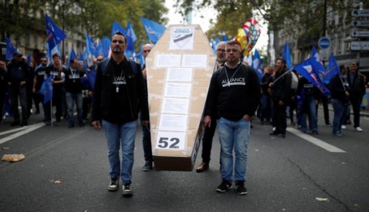 Demonstrasi 27.000 Lebih Petugas Polisi di Prancis, Tuntut Pemerintah untuk. . . - Warta Ekonomi