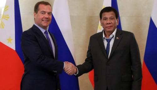 Foto Penampilan Duterte Dikritik dan Disebut Seperti