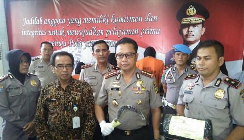 Foto Tangkap Dosen IPB, Polisi Temukan Bom Berdaya Ledak Tinggi