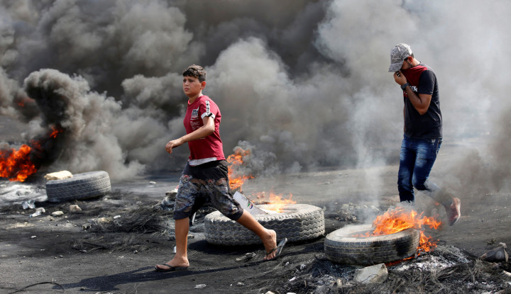 Korban Tewas Tembus 100 Jiwa, Pemerintah Irak Klaim Tak Tembaki Demonstran - Warta Ekonomi