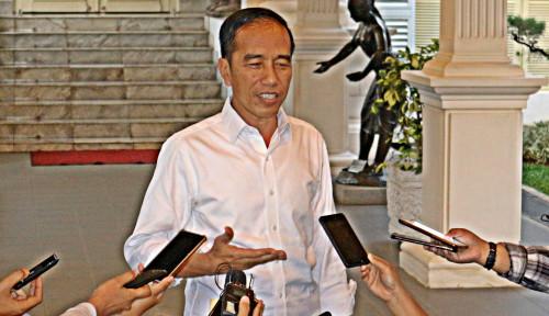 Foto Gibran dan Bobby Putuskan Maju Pilkada, Jokowi Bantah Keluarganya Bangun Dinasti Politik
