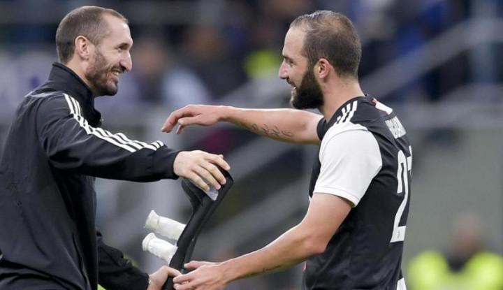 Jadi Pelapis Dybala di Juventus, Gonzalo Higuain Merasa. . . - Warta Ekonomi