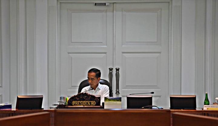 Lagi Fokus Pilih Menteri, Jokowi Minta Pimpinan Parpol Gak Jauh-Jauh dari Istana - Warta Ekonomi