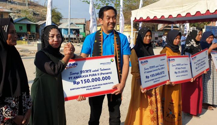 AP II Salurkan CSR Perbaiki Jalan di Pulau Messah NTT - Warta Ekonomi