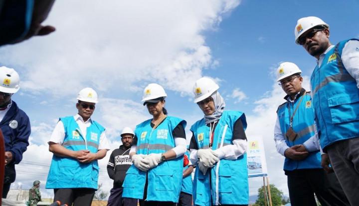 Di Wamena, Menteri Rini Sambangi Kantor Pelayanan PLN dan Temui Para Pegawai - Warta Ekonomi
