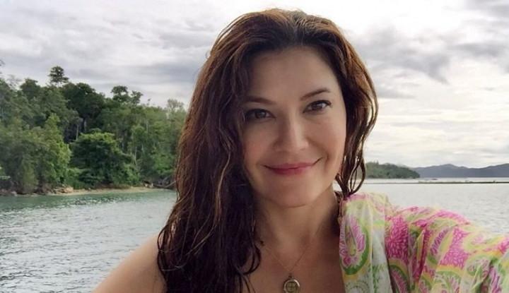 Tamara Bleszynski Unggah Foto Berbikini di Bali, Warganet: Indah Banget! - Warta Ekonomi