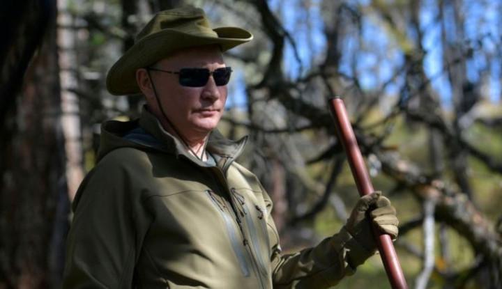 Ulang Tahun ke-67: Vladimir Putin dan Beberapa Pejabat Rusia Naik Gaji, Segini Nominalnya - Warta Ekonomi