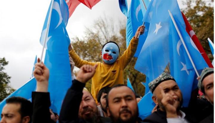 Stop China, Stop Paksa Muslimah Uighur Lakukan Sterilisasi Licik