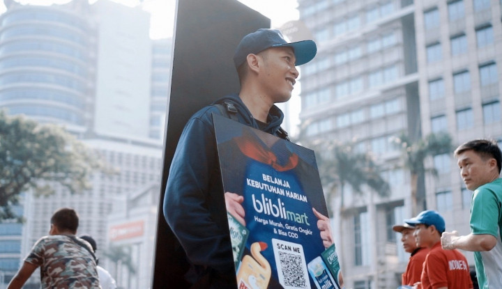 Human Billboard: Konsep Baru Iklan Berbasis Teknologi dari Ubiklan - Warta Ekonomi