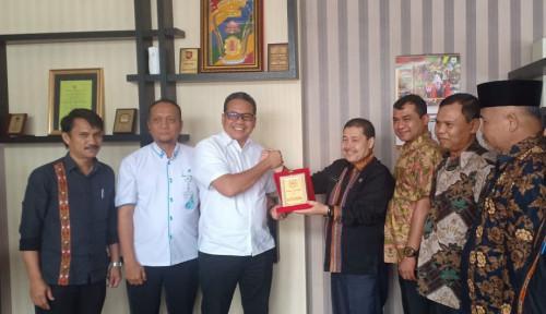 Foto BPJS Ketenagakerjaan Sumbagut Beri Aplaus Bagi 4 Pimpinan Kabupaten, Karena Ini....