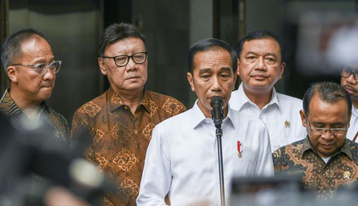 Miris Banget! Sudah Tolak Keluarkan Perppu KPK, Eh Pak Jokowi Beri Grasi untuk Napi Korupsi - Warta Ekonomi