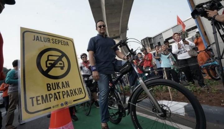 Bikin Jalur Sepeda Sudirman-Fatmawati, Anies Baswedan Ingin Warga Jakarta. . . - Warta Ekonomi