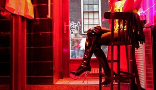 Foto 250 Ribu Data Pengguna Situs Pekerja Seks Dicuri