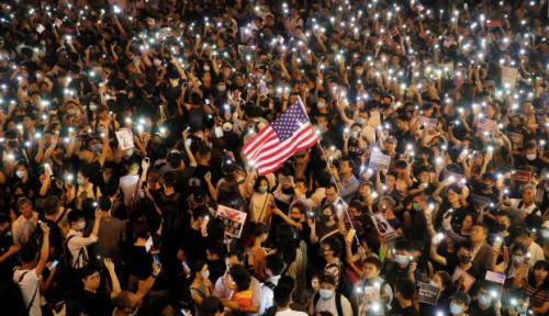 Foto AS Resmi Beri Hukuman ke China dengan UU Ini