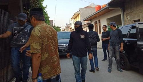 Foto Jelang Pelantikan Jokowi-Ma'ruf Amin, Densus 88 Tangkap Terduga Teroris di Bekasi