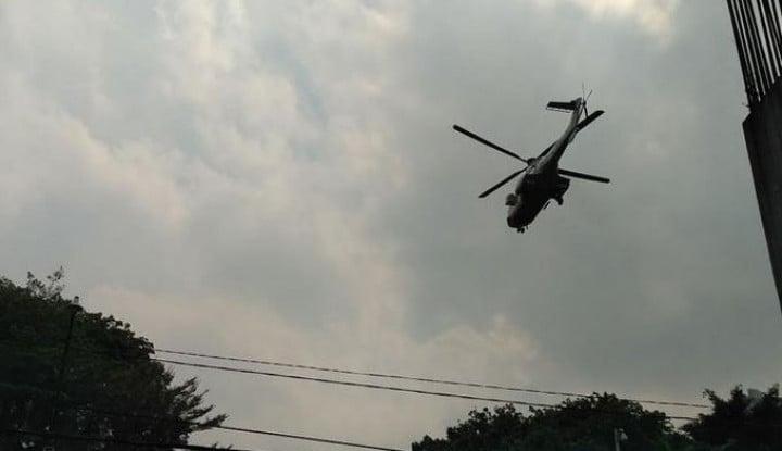Satu Jam Jelang Pelantikan Presiden Jokowi, Helikopter Sibuk Mengudara di Atas Gedung DPR/MPR - Warta Ekonomi