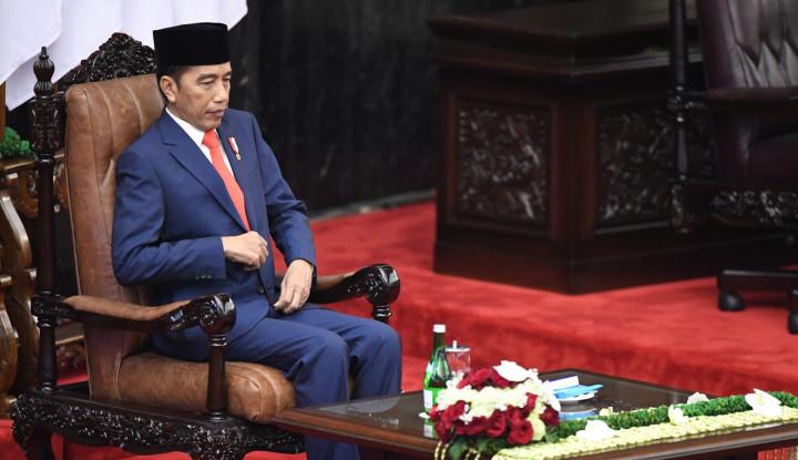 Jokowi Kesal di Periode I Tak Bisa Bangun Kilang Minyak, Kini... - Warta Ekonomi