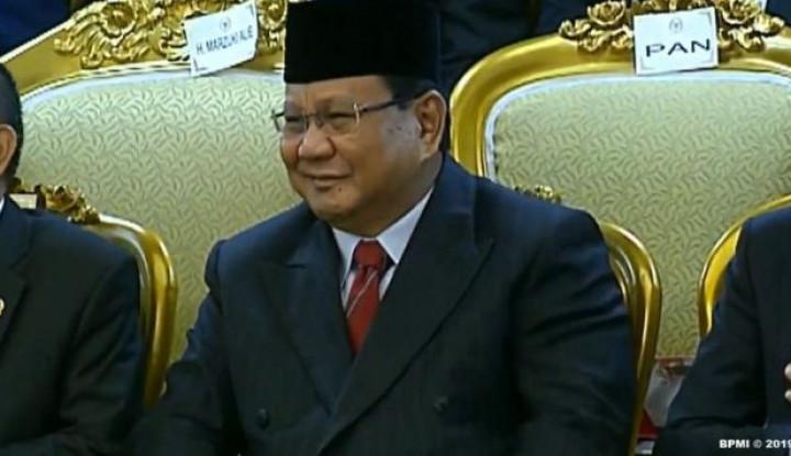 Gak Nyangka! Prabowo Bakal Alokasikan Gaji dan Tunjangan ke Yayasan, Warganet Geger! - Warta Ekonomi