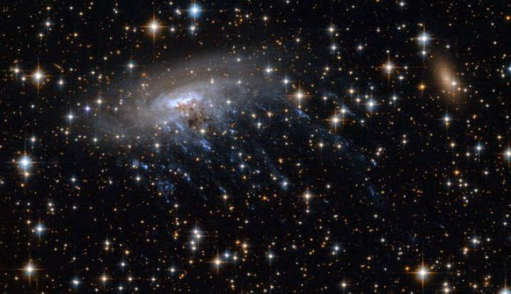 Astronom China Akui Punya Teleskop Terbesar buat Memburu Peradaban di Luar Angkasa