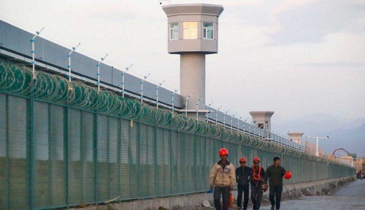 Kamp Kerja Paksa China Kini Diisi Ratusan Warga Tibet, Benarkah?