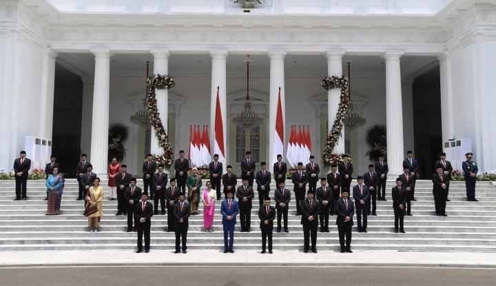 Ini Edan Sih! 75,6% Orang Setuju Jokowi Rombak Kabinet