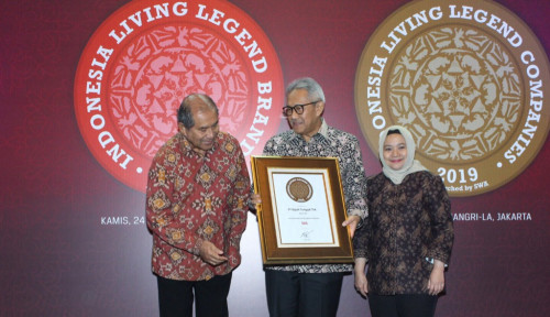 Foto Lagi, Gajah Tunggal Sabet Indonesia Living Legend Companies 2019