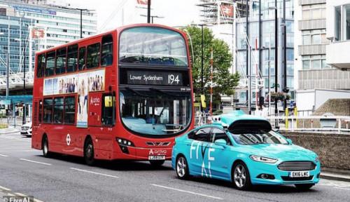 Inggris Mulai Perkenalkan Taksi Tanpa Pengemudi
