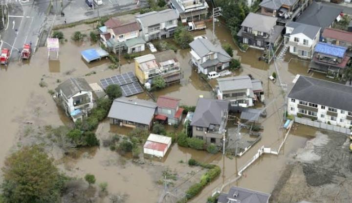 Foto Usai Banjir, Jepang Kembali Diterpa Hujan Lebat