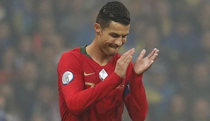 Gara-gara Lebah, Ronaldo Gak Bisa Merumput. Portugal Pasrah Aja