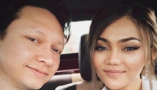 Bulan Madu Bersama Suami, Rina Nose Alami Musibah