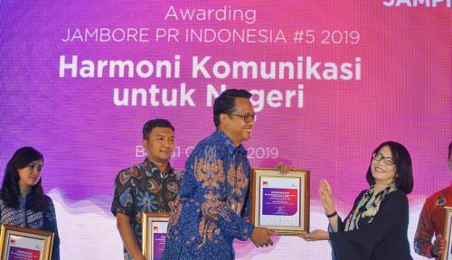 Foto Bos Pupuk Indonesia Dapat Penghargaan...