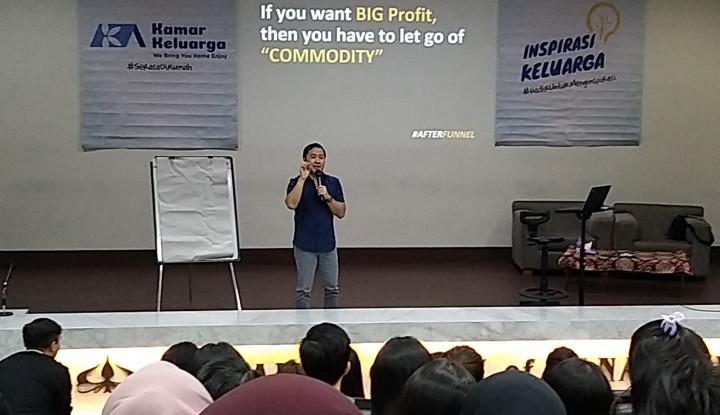 Dear Mahasiswa Indekos, Simak Nih Tips Buat Cari Cuan Buat Jajan dari Denny Santoso! - Warta Ekonomi
