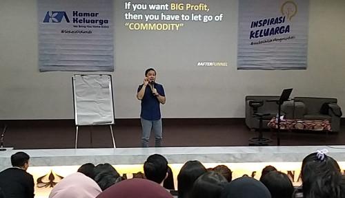 Foto Dear Mahasiswa Indekos, Simak Nih Tips Buat Cari Cuan Buat Jajan dari Denny Santoso!